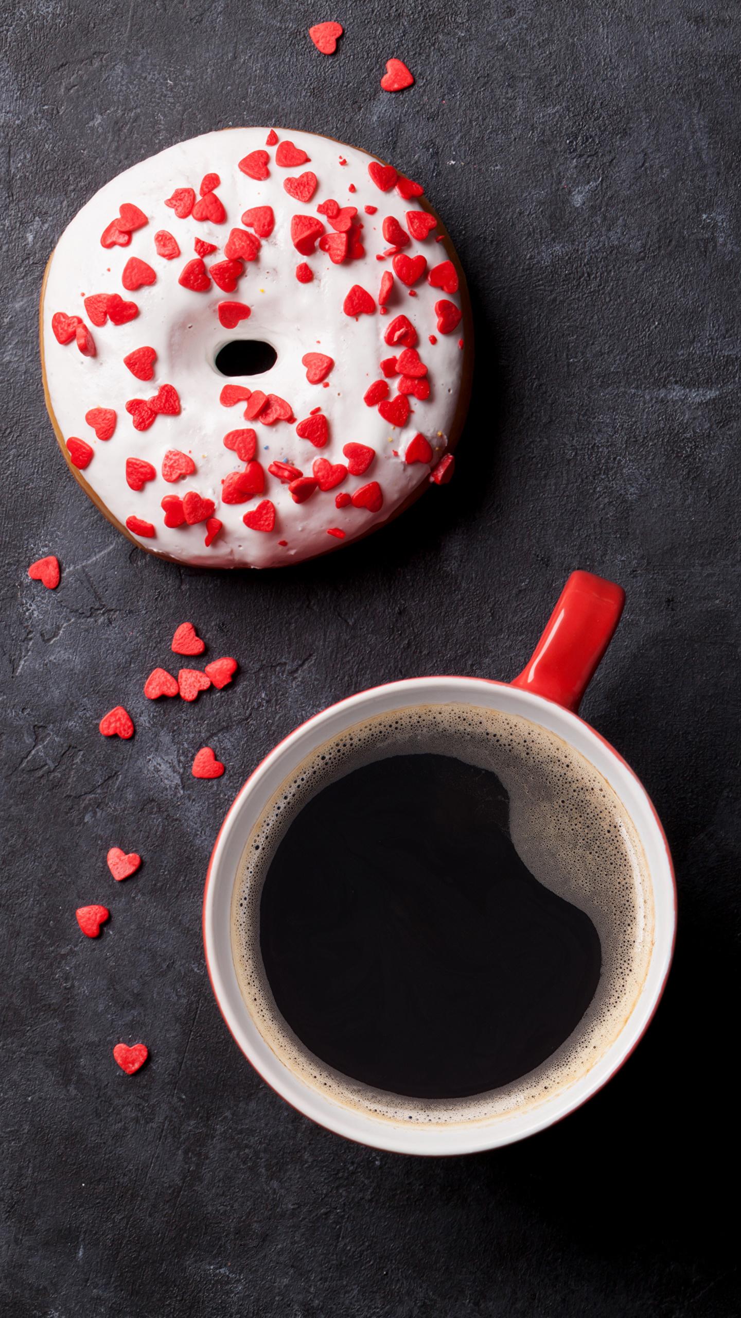 Обои сердечко Кофе Пончики Еда Чашка Сладости 1440x2560 Сердце Пища Продукты питания