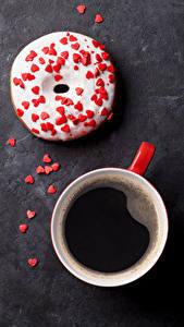 Обои Кофе Пончики Сладкая еда Чашка Сердечко Продукты питания