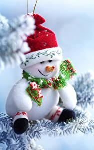 Обои Рождество Снеге Снеговики В шапке Шарфом