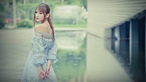 Картинки Азиаты Красивый молодая женщина