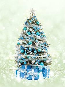 Фотографии Рождество Новогодняя ёлка Подарки Шар