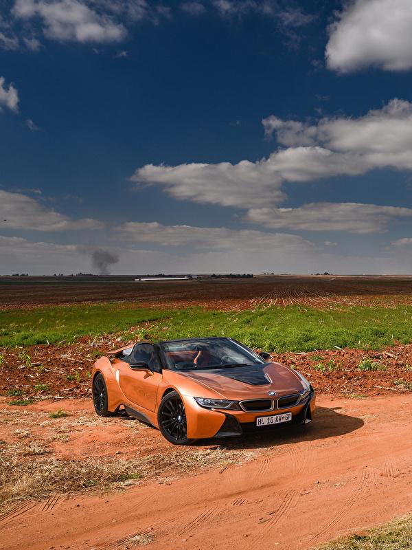 Обои для рабочего стола BMW 2018 i8 Родстер кабриолета Оранжевый автомобиль 600x800 для мобильного телефона БМВ Кабриолет оранжевая оранжевые оранжевых авто машины машина Автомобили