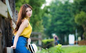 Фото Азиатка Боке Шатенка Смотрит Шляпы