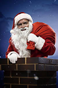 Обои В ночи Луна Санта-Клаус Шапка Бородатые Chimney