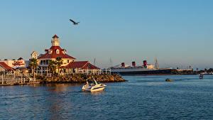 Обои США Побережье Пристань Корабли Калифорнии Залив Rainbow Harbor Marina, Long Beach Природа
