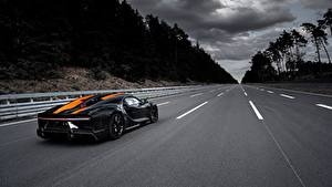 Картинка Дороги BUGATTI Chiron Super Sport 300 Автомобили