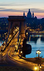 Фото Будапешт Венгрия Дома Реки Мосты Ночные Уличные фонари Города