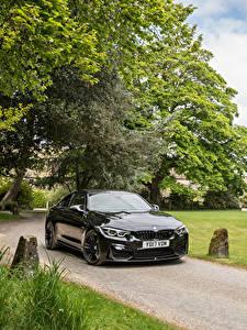 Картинка BMW Черный Металлик 2017 M4 Coupe Авто
