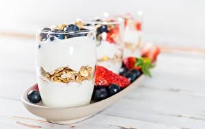Картинки Йогурт Черника Ягоды Стакана Продукты питания