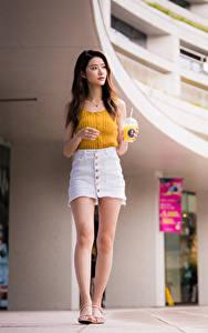 Фотография Азиатки Юбки Ноги Майка молодые женщины