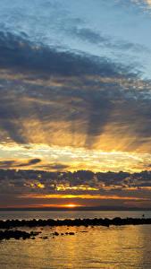 Фото Австралия Море Рассвет и закат Небо Облачно Queensland