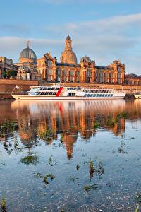 Обои Дрезден Германия Здания Речка Пристань Речные суда Города