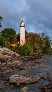 Обои Штаты Берег Маяки Камень Pointe Aux Barques Lighthouse Природа