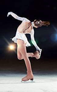 Обои Лед Танцует Шатенка Коньки Спина Спорт