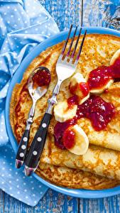 Картинки Блины Джем Доски Тарелка Вилка столовая Ложка Продукты питания