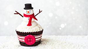 Фотография Сладкая еда Пирожное Капкейк кекс Снеговики Дизайна Шляпа Шарф Продукты питания
