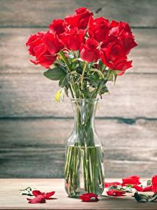 Обои для рабочего стола Роза Букеты Столы Лепестков Вазе цветок