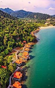 Картинки Малайзия Тропики Побережье Горы Леса Пляж Langkawi