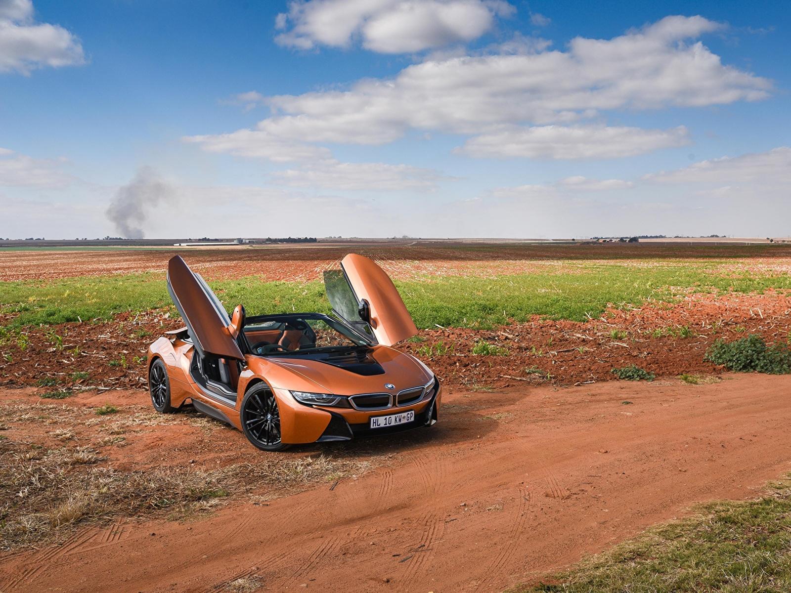 Картинки БМВ 2018 i8 Родстер Кабриолет Оранжевый автомобиль 1600x1200 BMW кабриолета оранжевых оранжевые оранжевая авто машина машины Автомобили