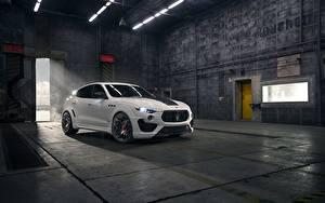 Фотографии Мазерати CUV Белый Металлик Rosso, Novitec, 2020, Q4, GranSport, Levante S, Esteso V2 авто