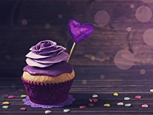 Фотография День святого Валентина Сладкая еда Розы Капкейк кекс Доски Дизайна Сердца