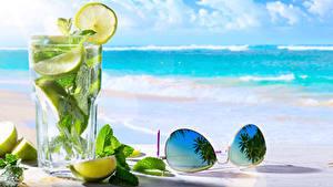 Обои Напитки Лимоны Мохито Стакан Очки Листва Пища