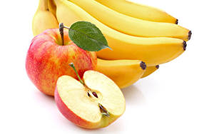 Фотографии Фрукты Бананы Яблоки Крупным планом Белом фоне Продукты питания