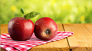 Фото Яблоки Крупным планом Доски Две Красная Продукты питания