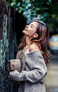 Фото Азиаты Шляпы Позирует Боке Девушки