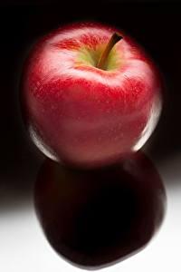 Обои Яблоки Красных Еда