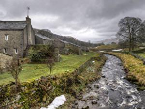 Фото Англия Дома Речка Траве Thwaite Природа