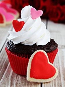 Фотография День всех влюблённых Сладости Пирожное Капкейк кекс Доски Серце
