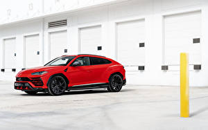 Фото Lamborghini CUV Красная Сбоку Urus, 2019 автомобиль