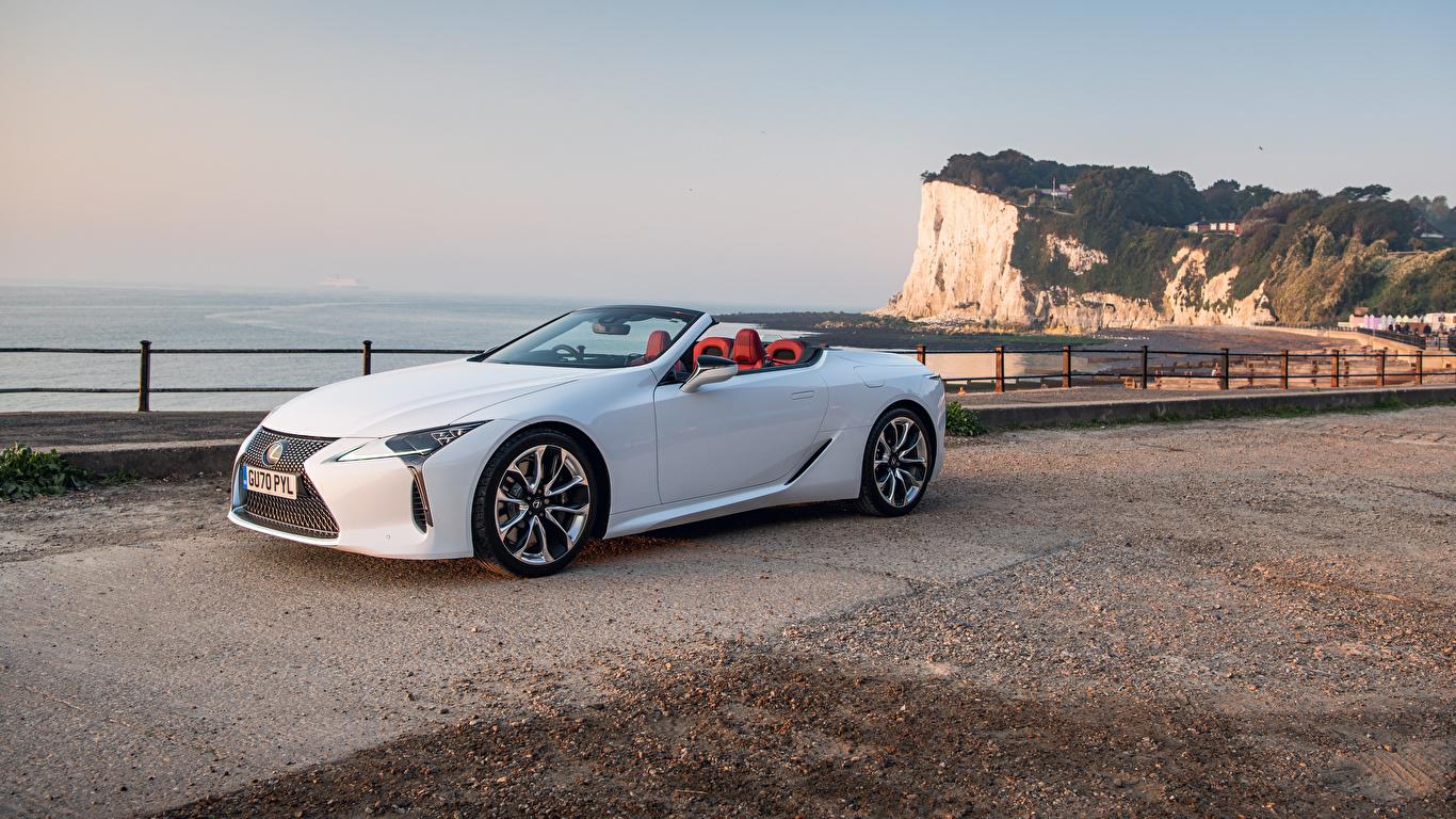 Фото Lexus LC 500 Convertible, UK-spec, 2020 кабриолета Белый Металлик Автомобили 1366x768 Лексус Кабриолет белая белые белых авто машины машина автомобиль