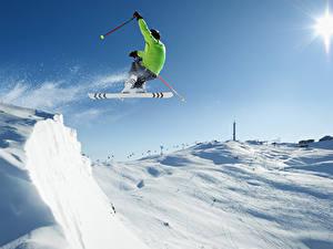 Картинки Зима Лыжный спорт Мужчины Снег Прыжок Спорт