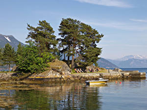 Картинки Норвегия Пирсы Залива Дерева Balestrand Природа
