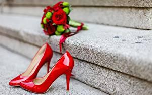 Фотография Вблизи Туфли Красный Лестница
