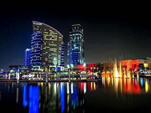Фотографии Объединённые Арабские Эмираты Небоскребы Дубай Ночные