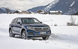 Фото Фольксваген Синих Металлик 2018-19 Touareg V6 TDI Worldwide автомобиль