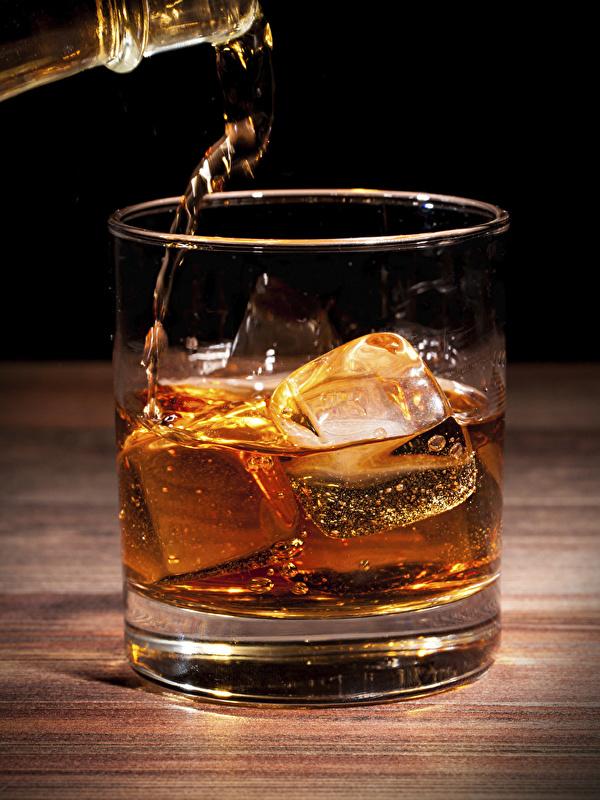 Картинки льда Виски стакана Пища вблизи 600x800 для мобильного телефона Лед Стакан стакане Еда Продукты питания Крупным планом