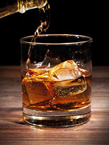 Картинки Виски Вблизи Стакан Лед Продукты питания