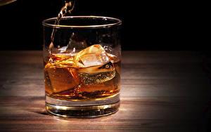 Картинки Виски Вблизи Стакане Льда Пища