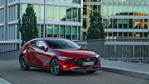 Обои Mazda Бордовый Металлик 2019 Mazda3 Skyactiv-X Hatchback Worldwide машина