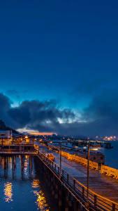 Фотографии Аляска Здания Причалы Небо Берег Ночные Залив Juneau город