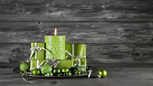 Обои Новый год Свечи Доски Шарики Салатовая