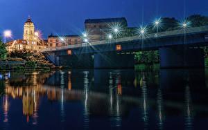Фотография Германия Дома Реки Мосты Ночь Уличные фонари Brandenburg город