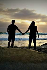 Фотография Берег Камень Любовники Море Вдвоем Силуэт Природа