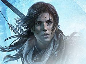 Обои для рабочего стола Rise of the Tomb Raider Лара Крофт Лицо Смотрят Красивая компьютерная игра Девушки