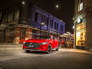 Фотографии Mazda Красные Металлик 2019 Mazda3 Skyactiv-G Hatchback машины