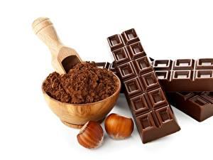 Фото Шоколад Орехи Шоколадная плитка Какао порошок Белым фоном Продукты питания